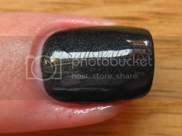 zoya dovima matte mat black nail shiny topcoat polish shimmer nails matte velvet collection 2009 nailswatches